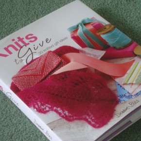 Knits to Give - review